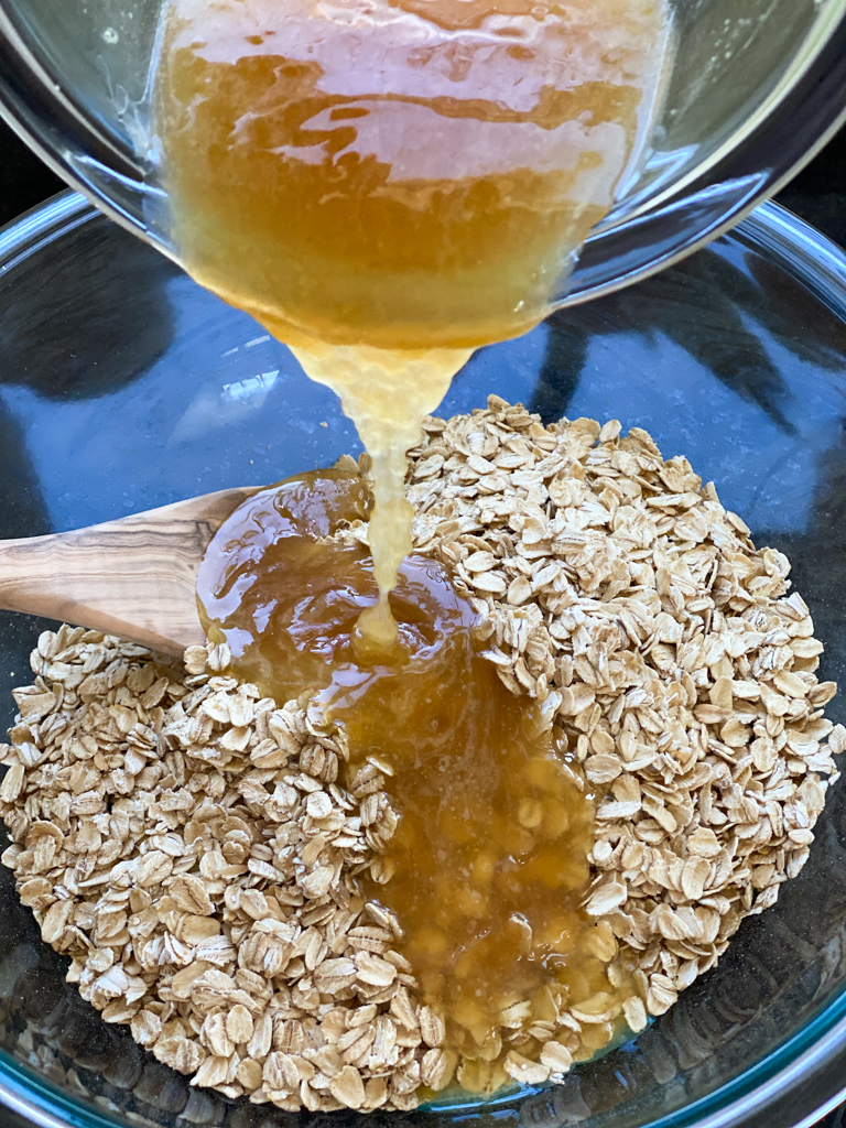 bowl of oats and honey how to make granola