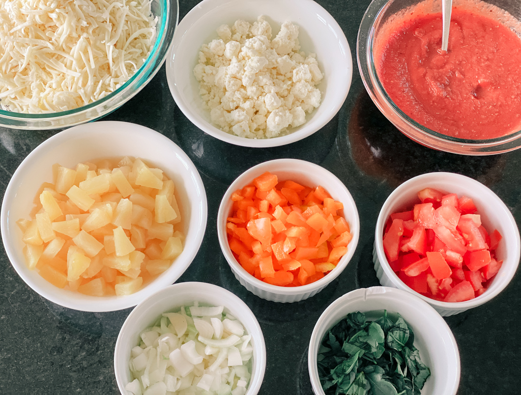 pizza toppings l cheese tomato sauce pizza sauce