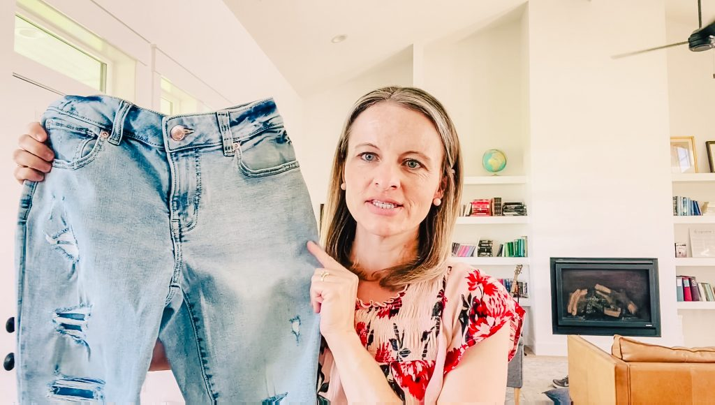 how to diy tear rip hole pants jeans shorts capris